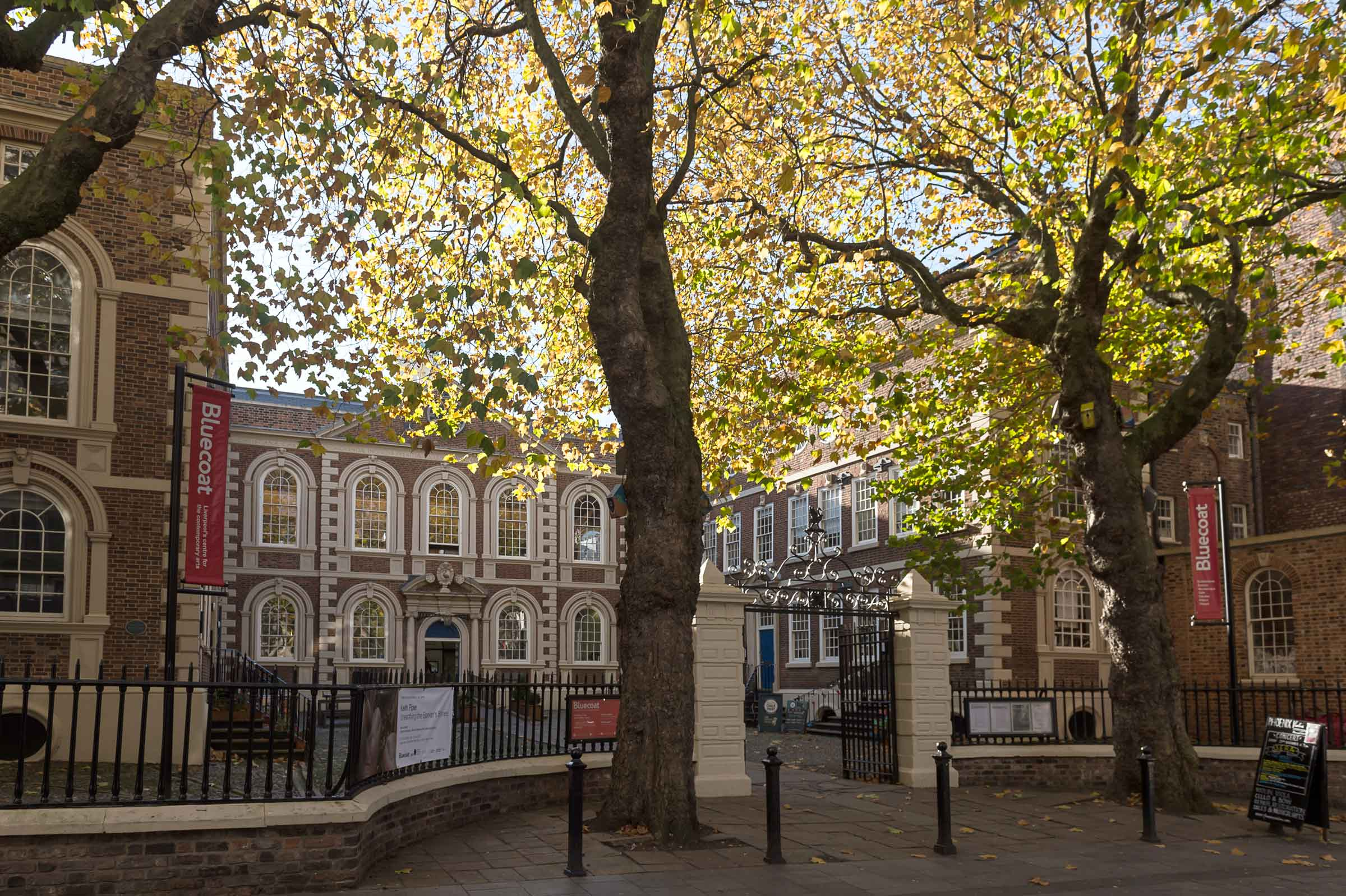 0004_the-bluecoat-7231_building