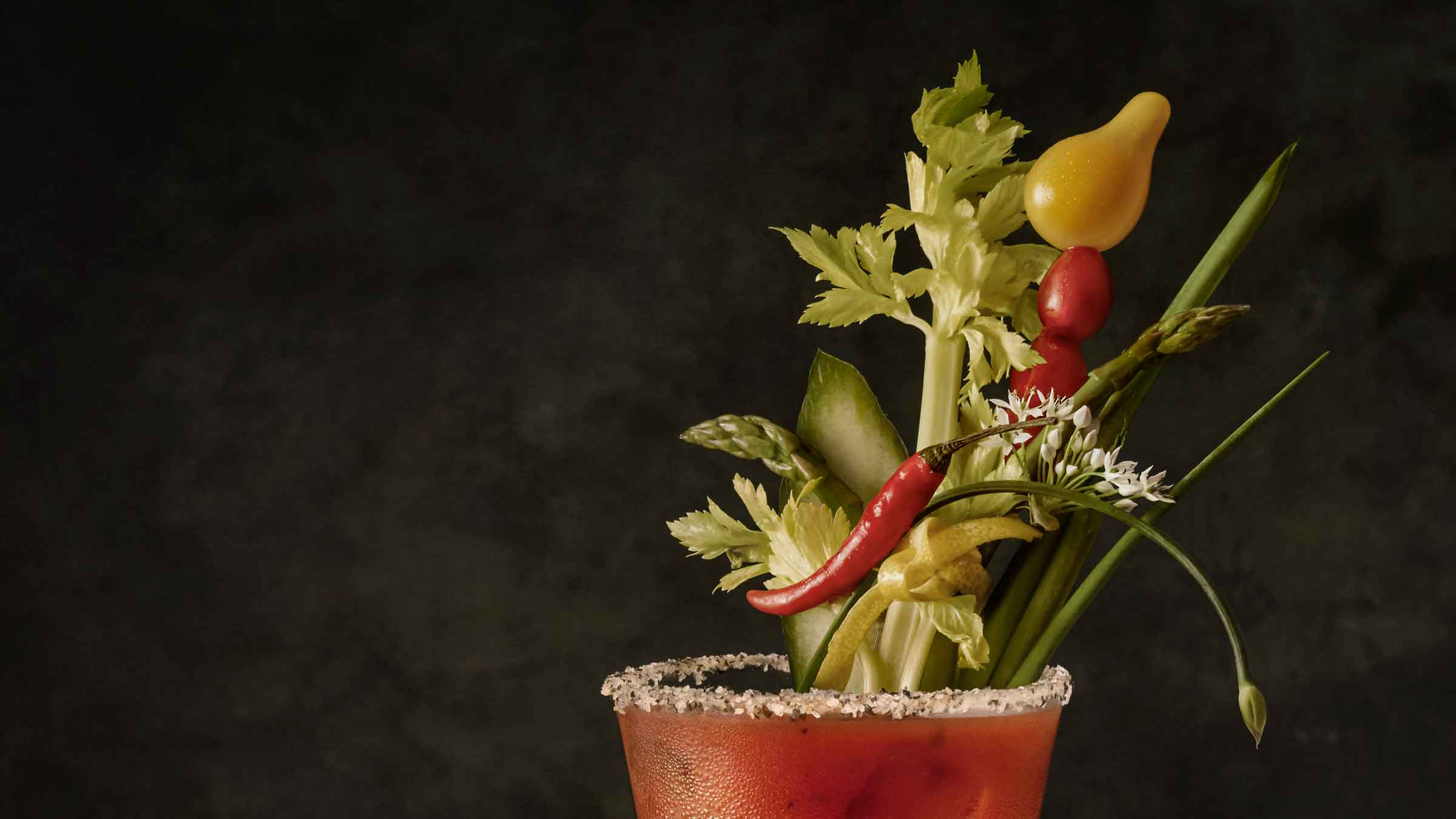1608-10-bs-bloody-mary_rembrandt_2x41_veg-top