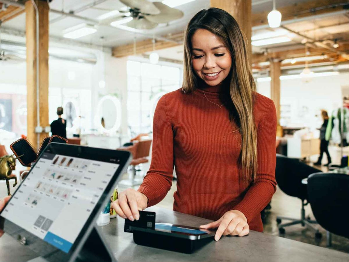 7 best mobile credit card machines for startups and small business